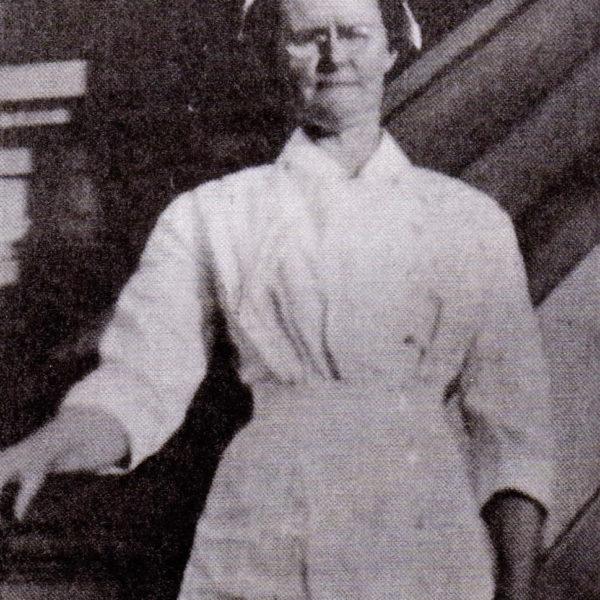 Jesse MacKenzie  1880-1963)